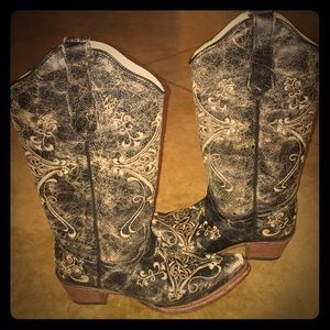bbbc7c1dd0e Circle-G LD Black Crackle Boots w/Bone Embroidery